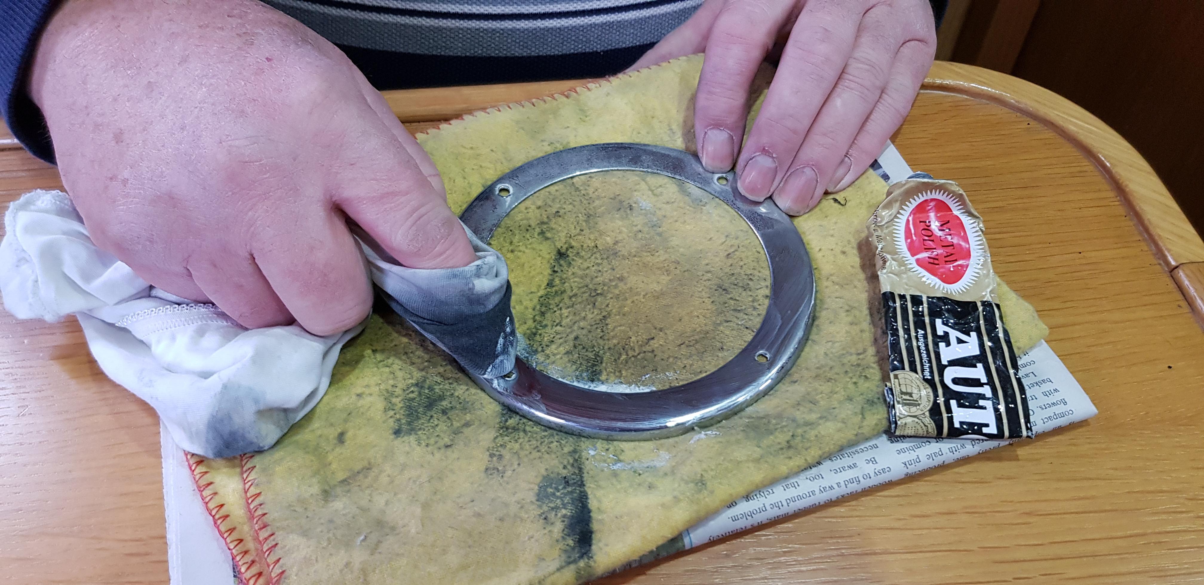 clean the chrome disk